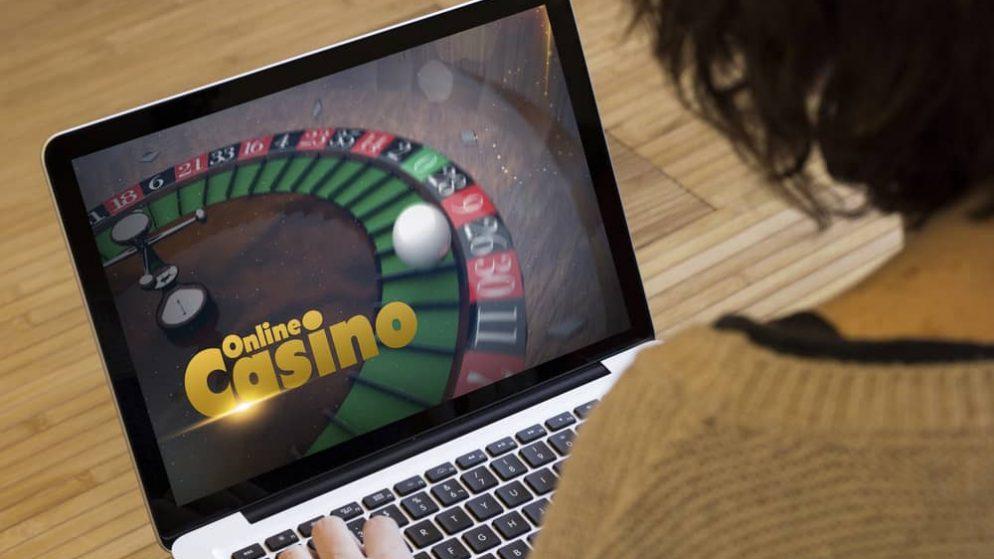 Online nederland casino смотреть девушки играют в карты на раздевания